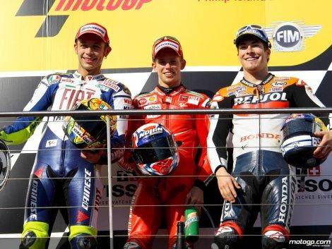233809_Rossi+Stoner+and+Hayden+on+the+podium+at+Phillip+Island-1280x960-oct5.jpg.jpg